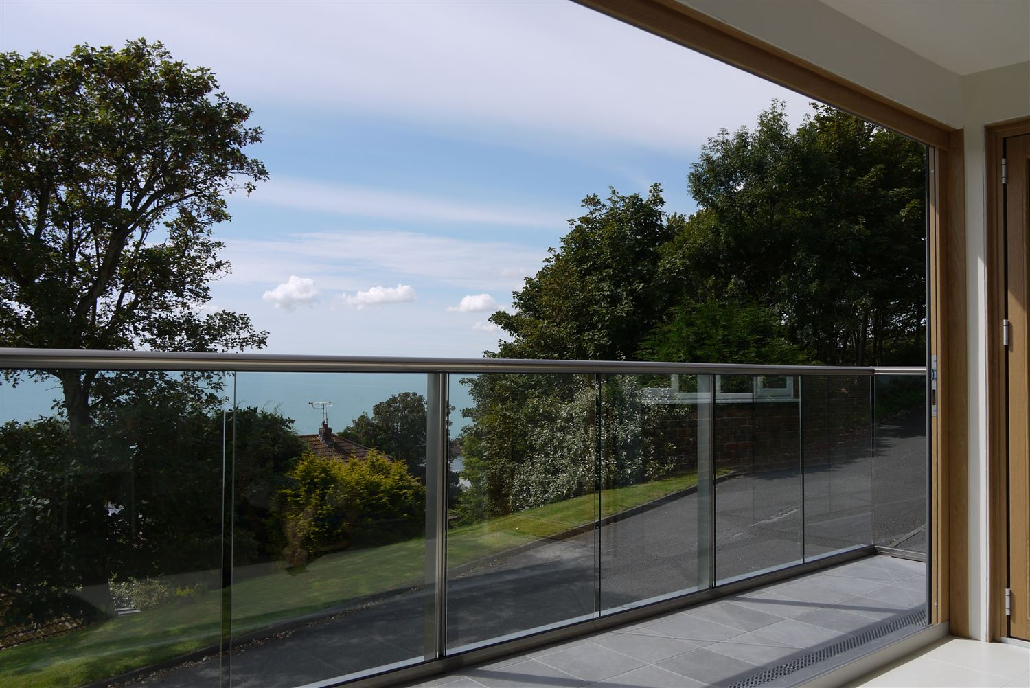 What are Glass Balustrades and What Purposes do They Serve?