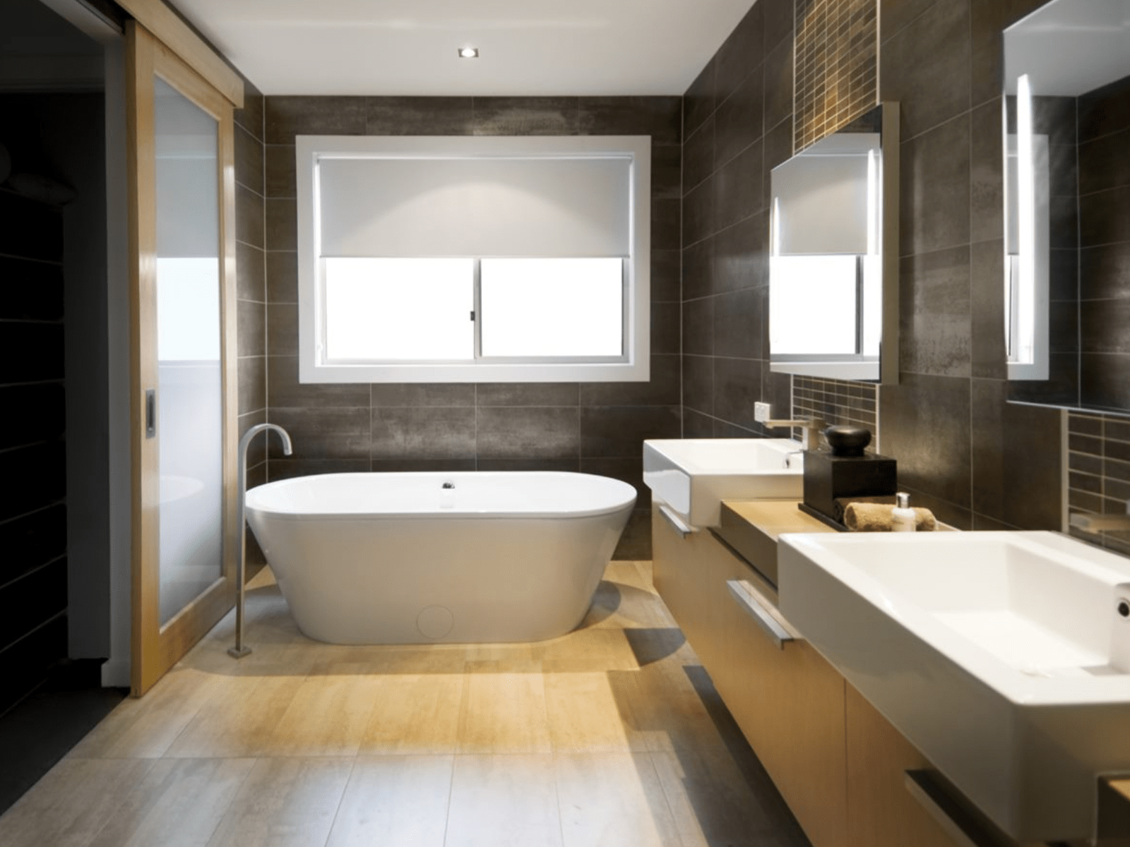 You Deserve A Better Bathroom – Whether Its A Full Touch Up Or Full Refurnish