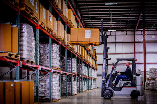 4 Reasons Why You Should Invest In Storage Rental services